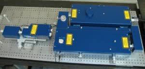 перестраиваемый lx329 лазер с внешним генератором 3-ей и 4-ой гармоник lg312