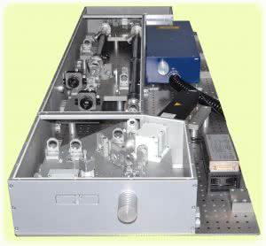 лазерная система для исследования параметрического усиления